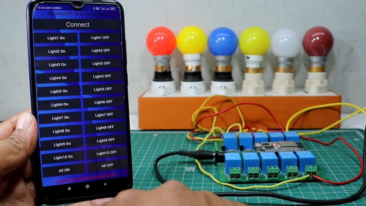 ESP32 Bluetooth Controlled 10Ch HomeAutomation System Using Android App.